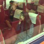 【動画】佳子さま、皇室ファンの必死なお見送りに吹き出される